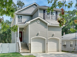 Build Monterey model home